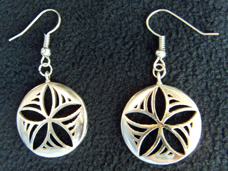 Star Pinwheel earrings